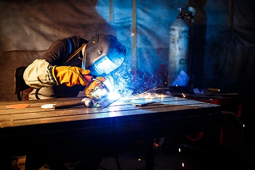 How to Ensure You Deliver Fabrication Projects On Time and On Budget